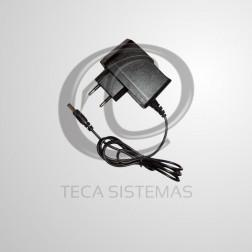 Fonte para CFTV 12V 1A C/ Pino Bivolt Automático - POWERTECH